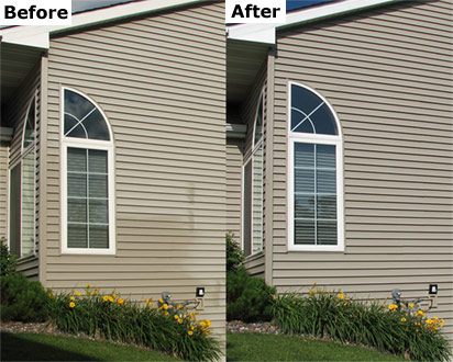 Cleaning and renewing your vinyl siding home exterior is a breeze with Vinyl ReNu. This house was restored to like new appearance in a single afternoon.